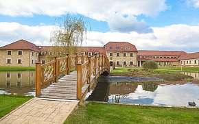 Sleva na pobyt 55% - Střední Čechy: 3 denní wellness pobyt pro DVA v hotelu…