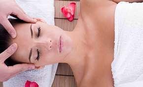 Sleva 63% - Komplexní balíček péče o obličej: čištění, regenerace i masáž ve studiu Owell v Praze