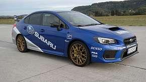 Sleva 64% - Závodní den: Mnichovo Hradiště okruh Showcars: Mitsubishi Lancer a Subaru Impreza na…