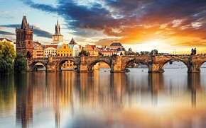 38% Praha: 2 denní pobyt pro DVA v Hotelu U Svatého…