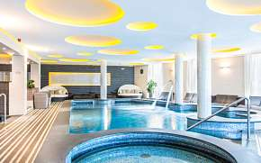 40% Maďarsko: 3-4 denní luxusní pobyt v Aura Hotelu *…