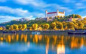 30% Bratislava: 2-3 denní pobyt pro DVA v zámeckém…