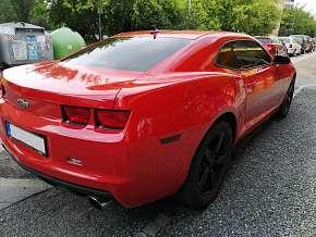 Sleva 54% - Jízda ve voze Chevrolet Camaro jako spolujezdec či řidič nebo zapůjčení vozu na…