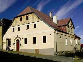29% Karlovarsko: 3-4 denní pobyt pro DVA v Penzionu…