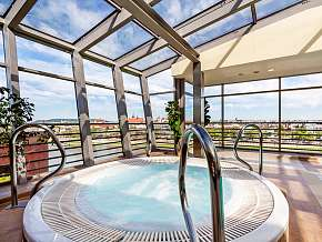 Sleva 42% - Polsko: 2 denní wellness pobyt pro DVA v Qubus Hotel Krakow**** se snídaní.