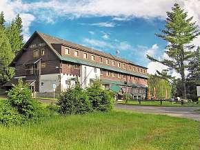 Sleva 34% - Jizerské hory: 2 denní pobyt pro DVA v hotelu Maxov se saunou a polopenzí.