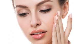 Sleva 50% - Až 70% sleva na ultrazvukové čištění pleti nebo diamantovou mikrodermabrázi v salonu…
