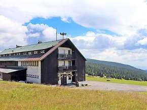 Sleva 37% - Krkonoše: 3 denní pobyt pro DVA v penzionu Dvorská bouda s polopenzí a saunou.