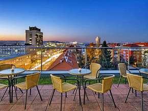 Sleva 29% - Praha: 2 denní pobyt pro DVA v hotelu Oya *** se snídaní a slevou do restaurace.