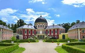 30% Střední Čechy: 2-3 denní pobyt pro DVA v Zámecké…