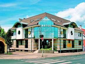 28% Maďarsko: 3 denní wellness pobyt pro DVA v hotelu…