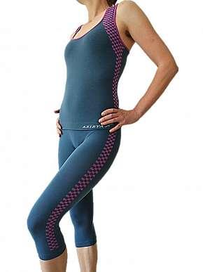 Sleva 57% -  Kvalitní dámské sportovní oblečení značky Axirya: prodyšný bezešvý komplet ze…