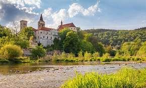 45% Střední Čechy: 3-4 denní pobyt pro DVA s…