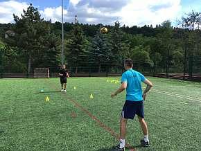 Sleva 15% - Tréninky fotbalu: skupinové nebo individuální pro děti od 5 do 12 let na 60 minut s…