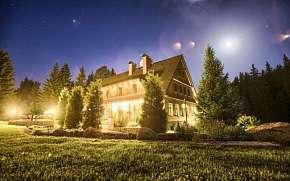 Sleva na pobyt 46% - Jizerské hory: 3-4 denní pobyt pro DVA v Hotelu Perla…