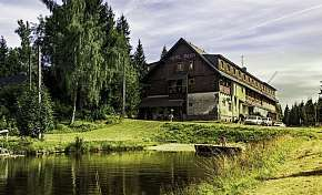 Sleva na pobyt 42% - Jizerské hory: 3-6 denní rodinný pobyt v hotelu Maxov…