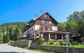Sleva na pobyt 30% - Orlické hory: 3-6 denní pobyt pro DVA v Horské chatě…