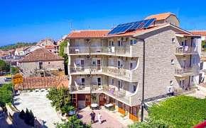 32% Chorvatsko: 3-4 denní pobyt v Hotelu Makarska ***…