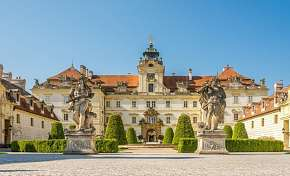 14% Jižní Morava: 3-6 denní pobyt pro DVA v moderním…