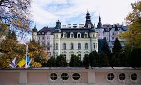 49% Karlovy Vary: 3-8 denní lázeňský pobyt pro DVA v…