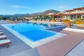 41% Řecko, Kréta: 6 denní pobyt v resortu Miramare se…