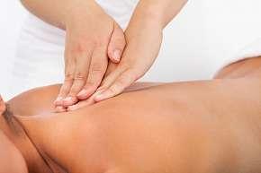 Sleva 34% - Antistresová 30minutová masáž krční a hrudní páteře, ramen a hlavy