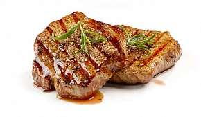 Sleva 37% - Steakové hody jako pro Golema: 3chodové menu s výběrem podle chuti a třemi druhy…