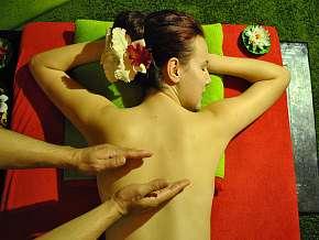 Sleva 84% - Utečte do Thajského ráje a užijte si relaxační masáž
