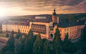 47% Křivoklátsko: 3 denní pobyt pro DVA na zámku…