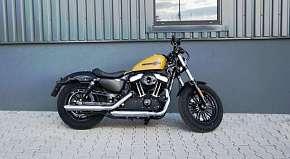 Sleva 50% - Showcars - zapůjčení legendárního motocyklu Harley Davidson Forty-Eight až na 8…