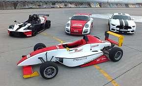 Sleva 50% - Jízda v závodním voze dle výběru Formule, Porsche 911 v GT3 úpravě nebo Mustang GT V8