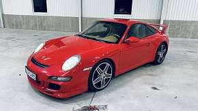 Sleva 64% - 2 nebo 4 kola v Porsche Carrera 911 GT3 na moderním Polygonu Brno