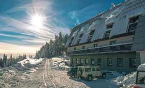 61% Beskydy: 3-4 denní lyžařský pobyt pro DVA v…
