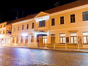 32% Střední Čechy: 3 denní romantický pobyt pro DVA v…