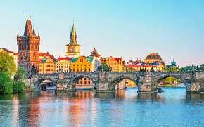 49% Praha: 2-7 denní pobyt pro DVA v Hotelu Golden…
