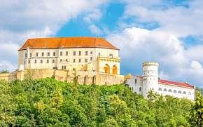 43% Moravský kras: 3–7 denní pobyt pro DVA  u zámku v…