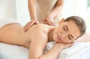 Sleva 29% - Dokonalý odpočinek a uvolnění pro tělo i pleť - antistresová masáž hlavy, kosmetické…