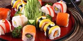 Sleva 35% - Zapište si za uši, kam na sushi v centru Prahy: 35% sleva na sushi v restauraci…