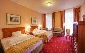 50% Karlovy Vary: 3–6 denní pobyt pro  DVA ve SPA…
