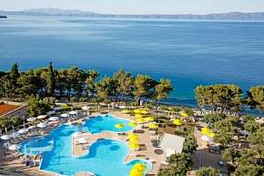 27% Chorvatsko, Tučepi: 15 denní pobyt v hotelu…