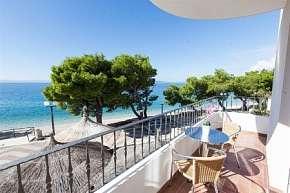 40% Chorvatsko, Makarská riviéra: 8 denní pobyt v…