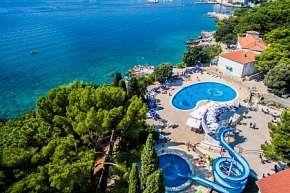 35% Chorvatsko, Krk: 12 denní pobyt v hotelu Dražica…