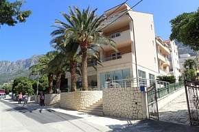 37% Chorvatsko, Gradac: 8 denní pobyt v hotelu Neptun…