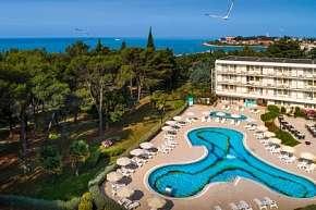50% Chorvatsko, Novigrad: 8 denní pobyt v hotelu…