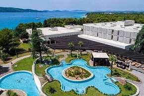27% Chorvatsko, Šibenik: 15 denní pobyt v hotelu…