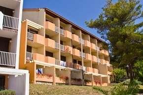 25% Chorvatsko, Rab: 10 denní pobyt v hotelu Veli Mel…