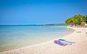 40% Chorvatsko: 3–8 denní pobyt pro DVA jen 500 m od…