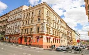 32% Praha: 2–8 denní pobyt pro DVA blízko centra v…