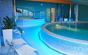 50% Karlovy Vary: 2–3 denní pobyt pro DVA v Hotelu…