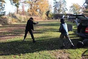 Sleva 17% - Kurz sebeobranné střelby pro začátečníky i mírně pokročilé pod profesionálním…